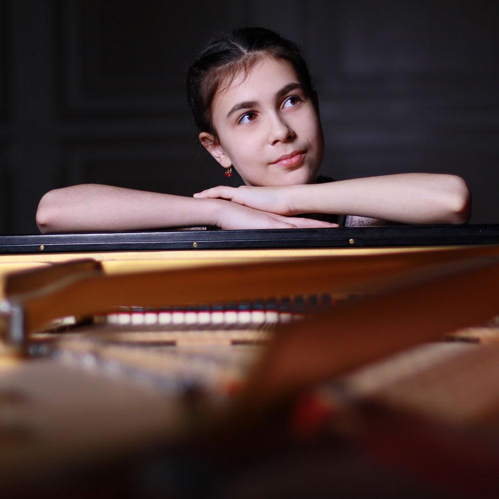 Alexandra Dovgan, Stuttgarter Kammerorchester, Nil Venditti Stresa Festival 2021 concerti agosto